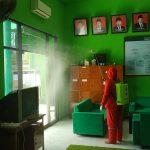 Cegah Covid-19, Gedung NU Tulungagung disemprot Disinfektan
