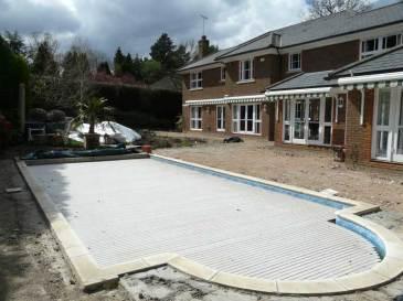 Construction of Travertine paving in Berkshire