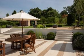 Entertaining space in contemporary Winchester Garden