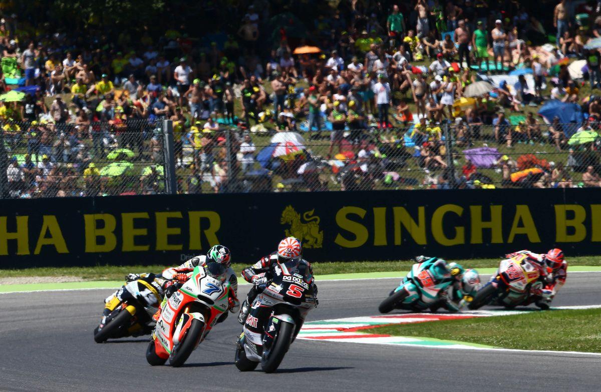 Johan Zarco y Lorenzo Baldasarri durante el Gran Premio de Italia de Moto2
