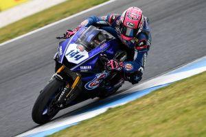 Lucas Mahias durante la carrera de Supersport en Phillip Island