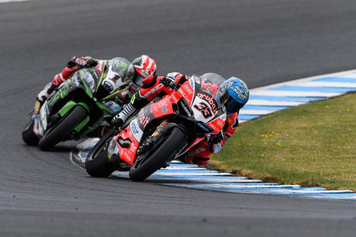 Marco Melandri durante la primera carrera del Mundial de Superbike en Phillip Island