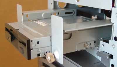 Floppy Installation Mounting