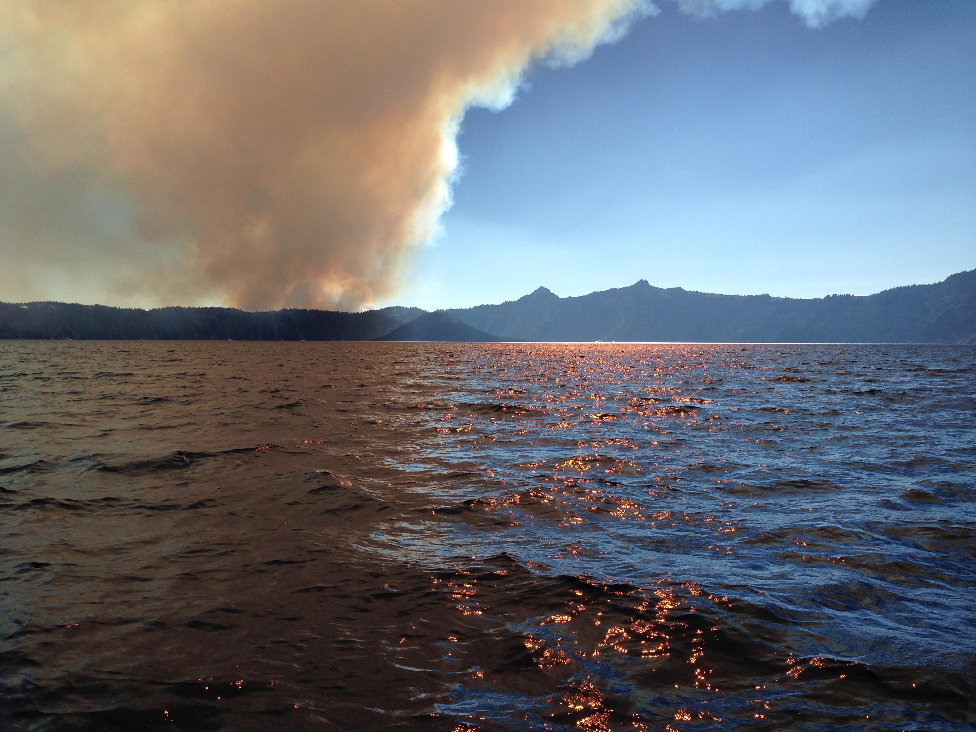 bybee-fire-crater-lake-inciweb-smoke-conditions-oregon-pctoregon.com