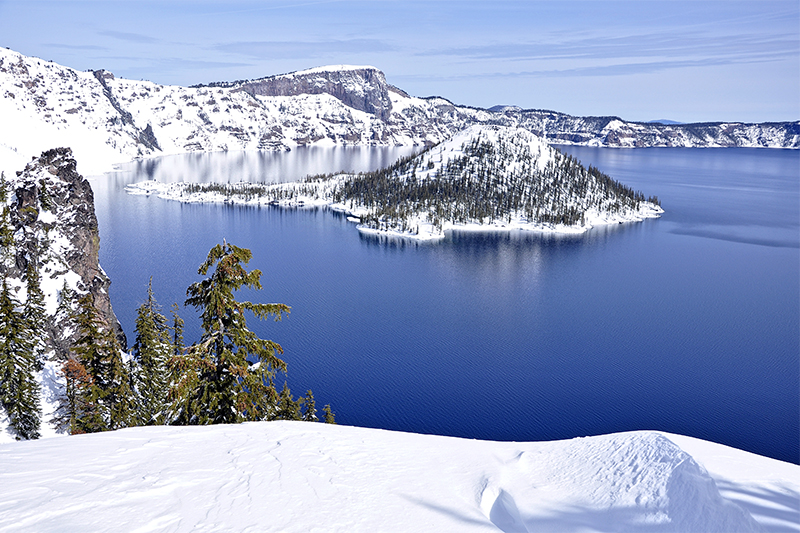 pct-pacific-crest-trail-crater-lake-winter-oregon-pctoregon.com