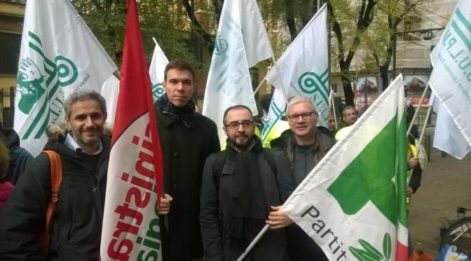 Legge mangia suolo: anche il PD di Cremona alla protesta davanti al pirellone
