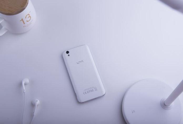 UMi Diamond Smartphone