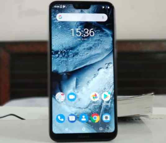 Nokia 6.1 Plus (Nokia X6) Full Body Photo Review