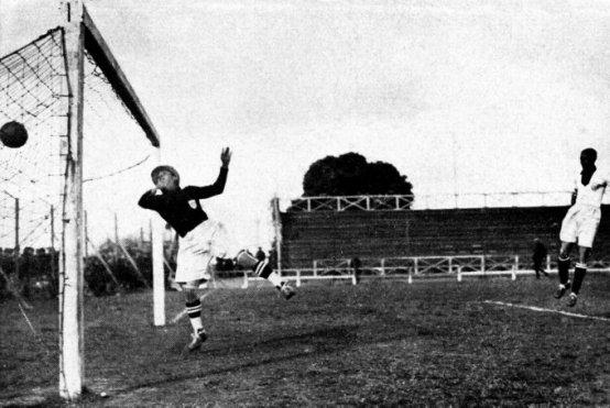 Soccer - World Cup Uruguay 1930 - Group Three - Peru v Romania - Pocitos
