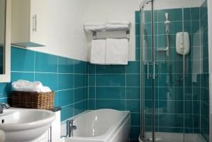 Stone Cottage, Wetton, Peak District Holiday - Bathroom
