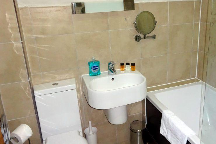 GMB - Bathroom1