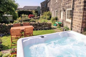 Rear garden with Hot Tub