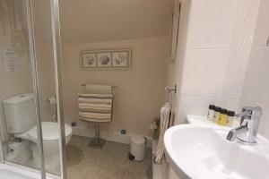 Stanton Cottage, Youlgrave Nr Bakewell, Shower Room