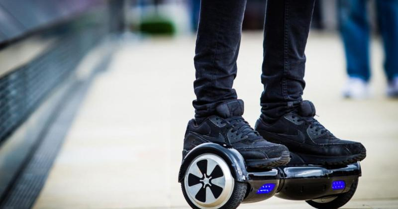 Councilman wants kids on hoverboards to wear helmets, knee pads