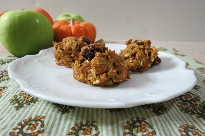Apple Pumpkin Oatmeal Raisin Cookies