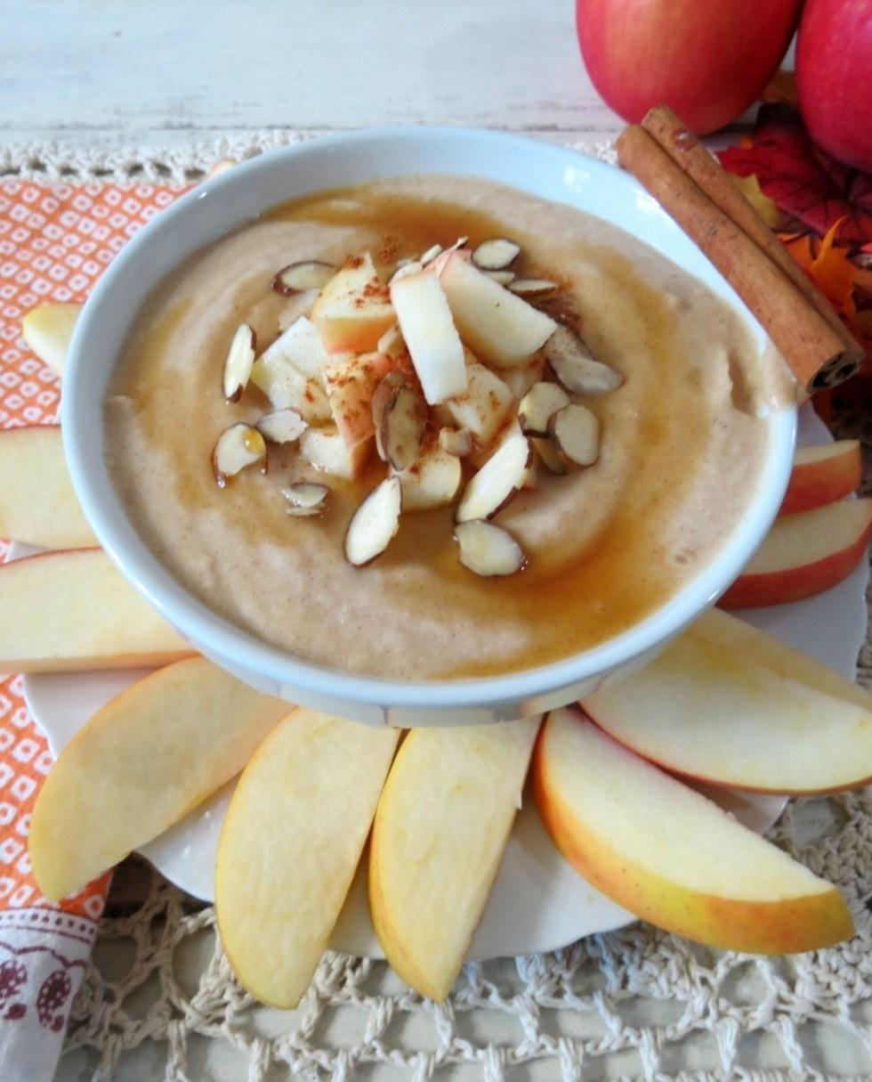 Apple Cinnamon Cream Cheese Dip #SpreadCheer