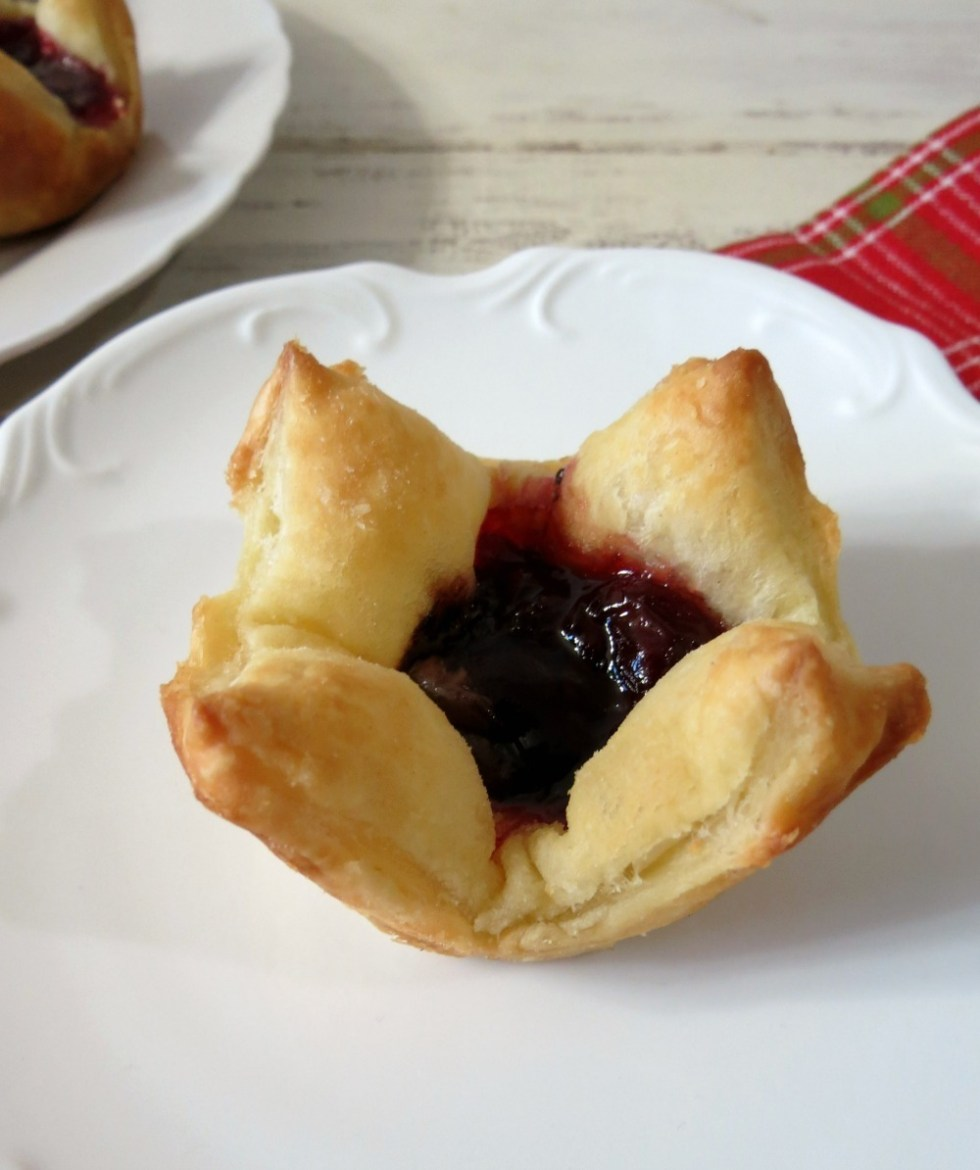 Chocolate Cherry Tartlet #PuffPastry
