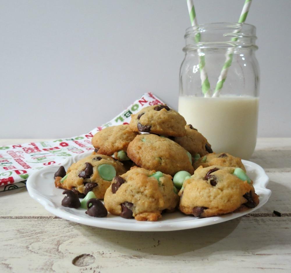 Lightened Up Mint Chocolate Chip Cookies #healthierholidays ...