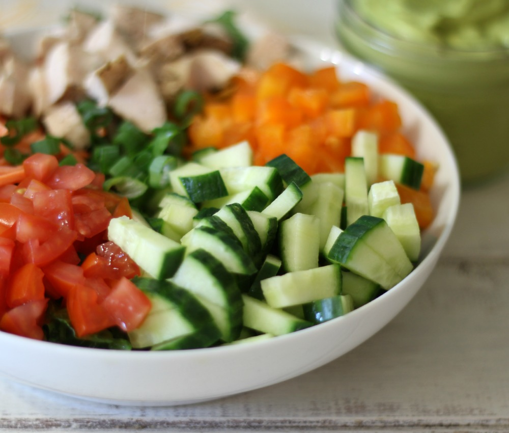 for my recipe i made chopped chicken garden salad with spicy avocado dressing ahhhhhmazing this salad tastes so good its light enough not to feel - Garden Salad Recipe