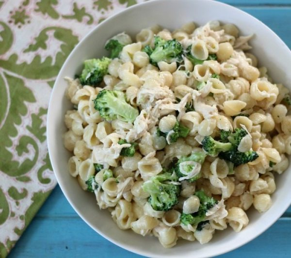 Broccoli & Chicken Mac and Cheese