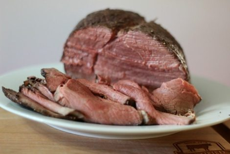 Roast Beef on Kimmelweck Rolls #SundaySupper
