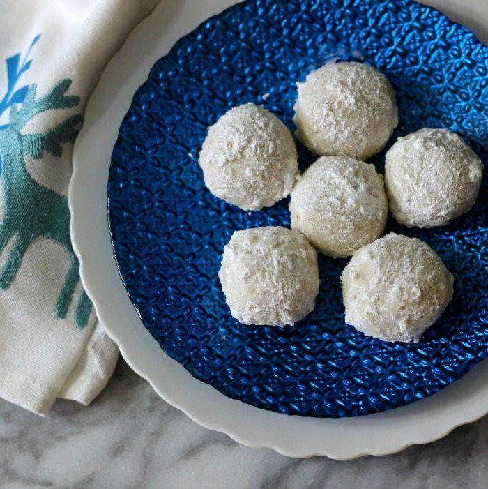 Snowball Cookies (Aka Wedding Cookies) #Cookielicious