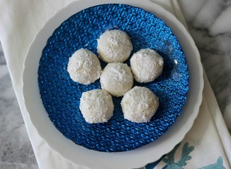 Snowball Cookies (Aka Wedding Cookies) #Cookielicious