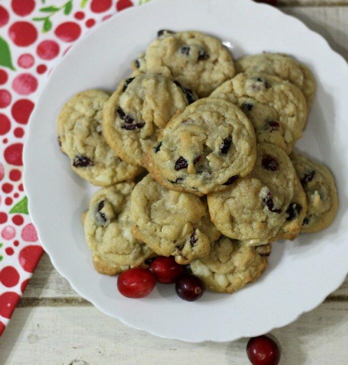 Cranberry Macadamia Nut Cookies