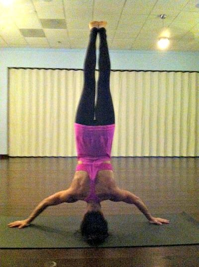 10.7headstand