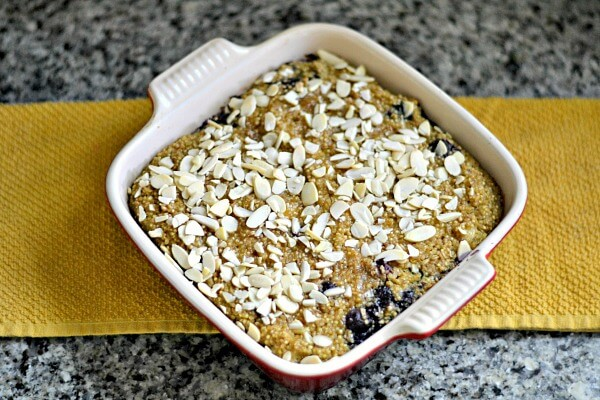Quinoa Blueberry Banana Breakfast Bake