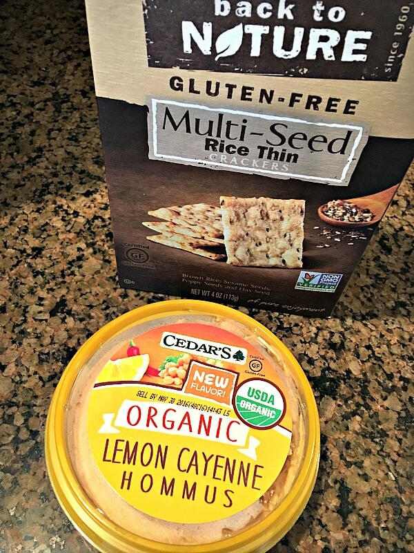 Hummus and crackers