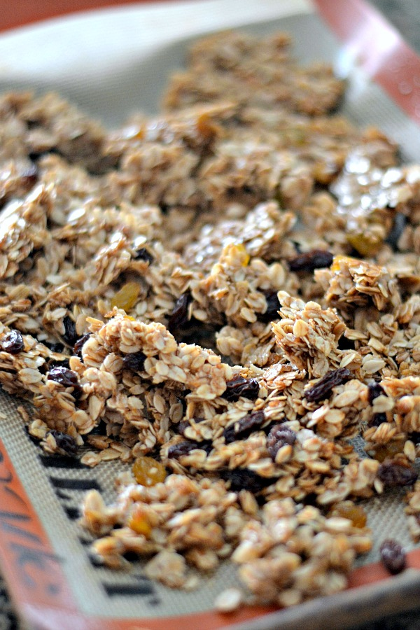 A simple granola recipe with a short ingredients list. This granola is the perfect balance sweet and salty; chewy and crispy. Oats, brown sugar, honey and coconut oil are studded with plump raisins for a delicious breakfast or snack.