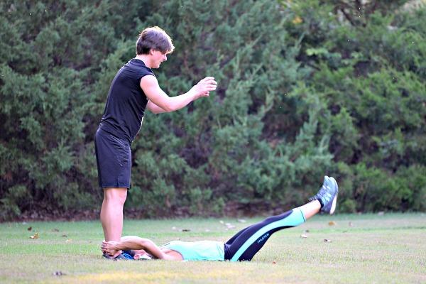 Partner Leg Throw