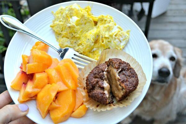9.6eggsfruitbreakfast