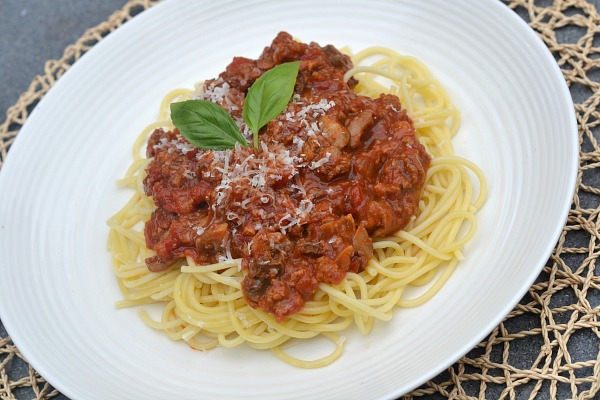 A recipe for my favorite spaghetti sauce. This spaghetti sauce is thick, hearty and richly flavored and freezes well