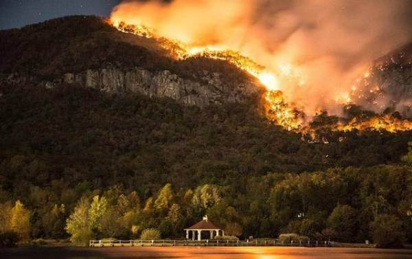 lake_lure_fire