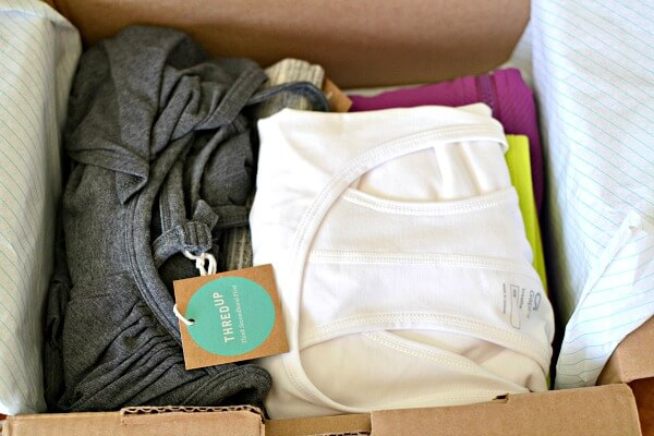 thredUP activewear unboxing