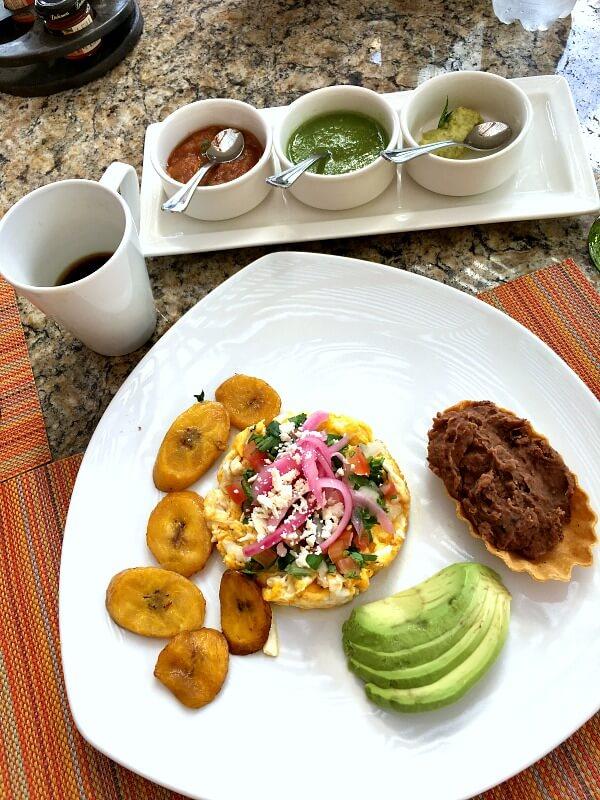 zoetry paraiso de la bonita breakfast