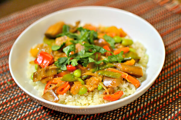 vegan indian curry with vegetables and cauliflower rice