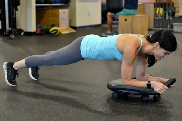 AbDolly forearm plank