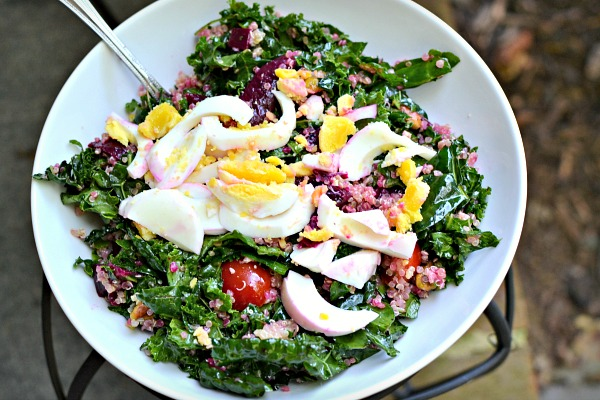 kale salad with quinoa and beets