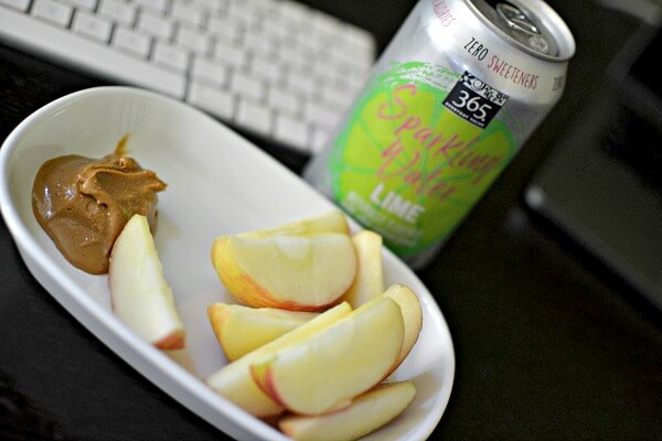 Apple and cashew butter