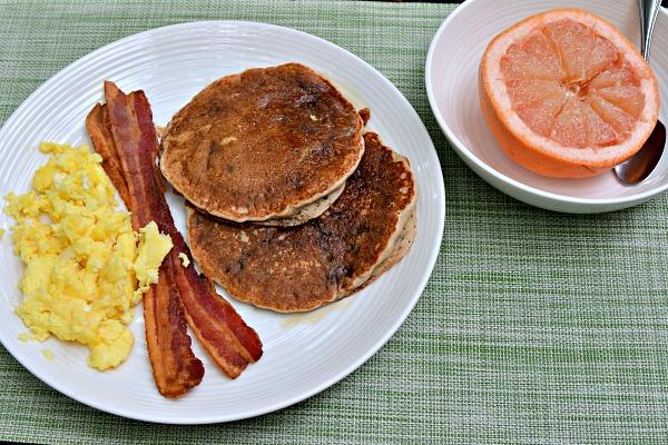 kodiak cakes pancake breakfast
