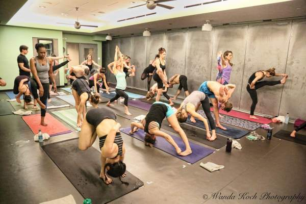 how to create a yoga teacher training program