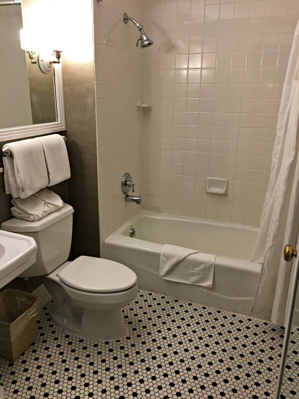 sentinel hotel portland bathroom