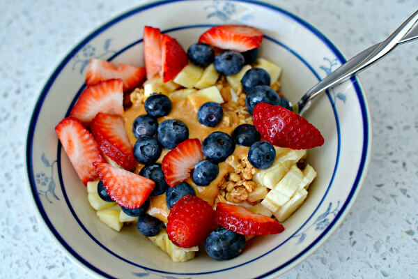 yogurt, fruit and granola