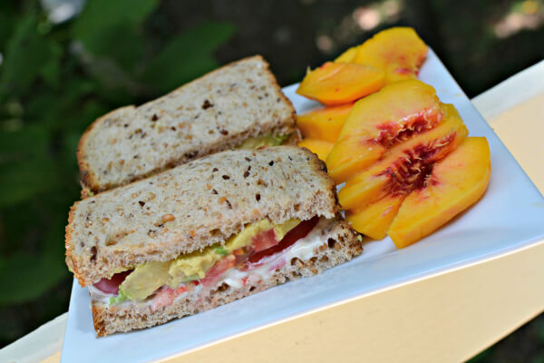 tomato avocado sandwich with peaches
