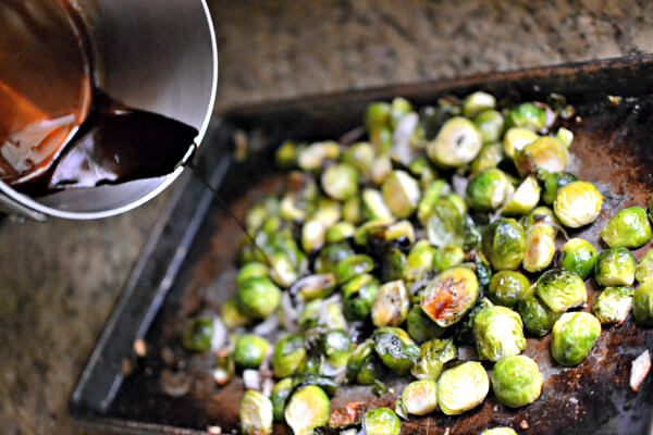 Balsamic glazed roasted brussles sprouts