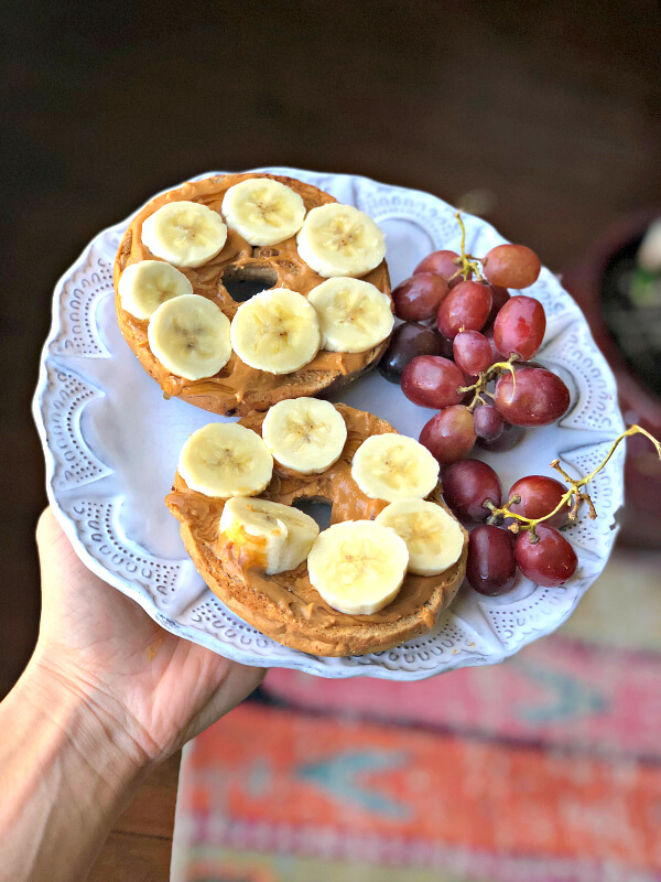 cinnamon raisin bagel with peanut butter, honey and banana