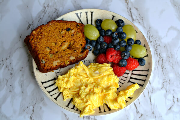 scrambled eggs, pumpkin apple bread and fruit